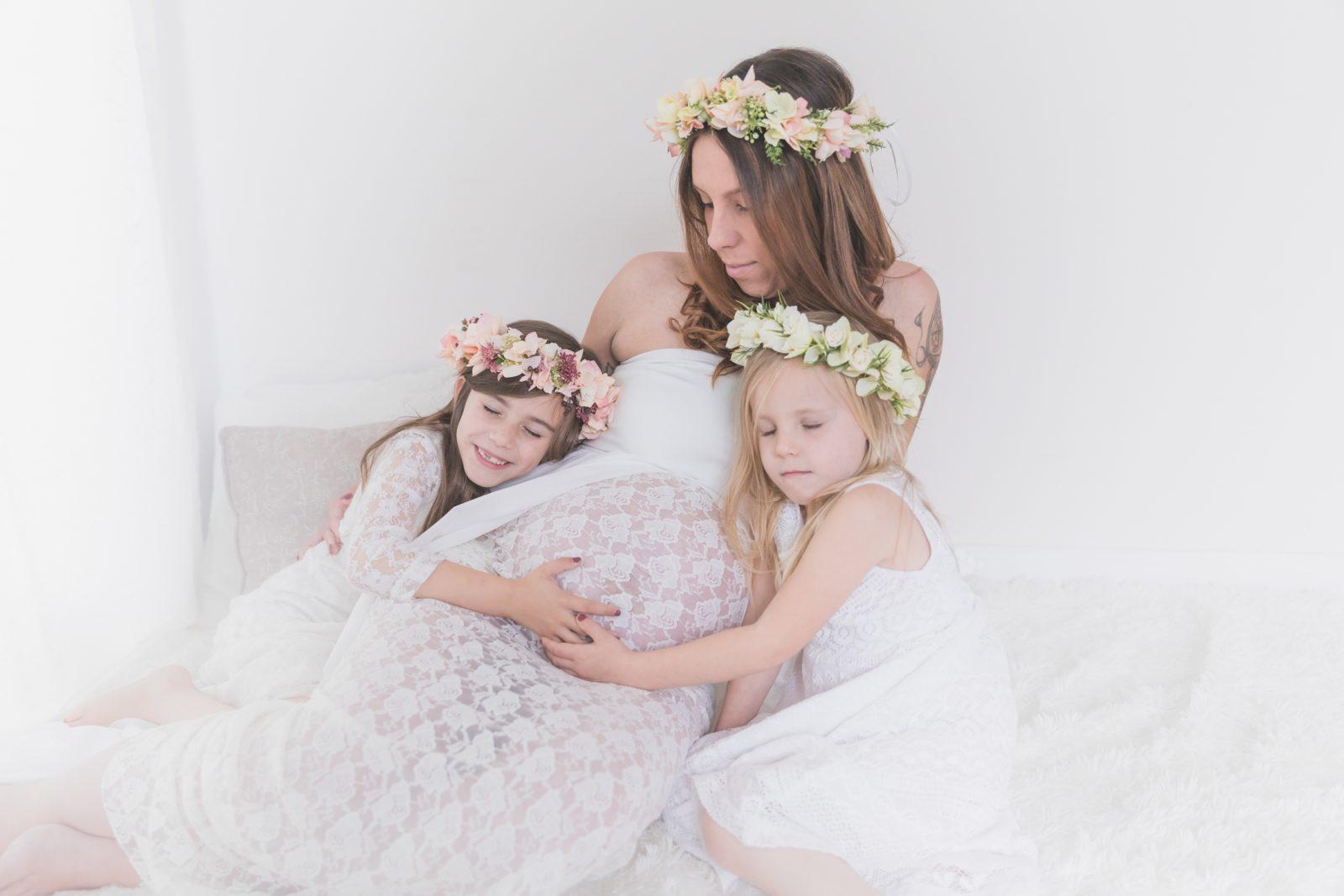 Fotograf Stade, Schwangere Mama mit ihren Töchtern